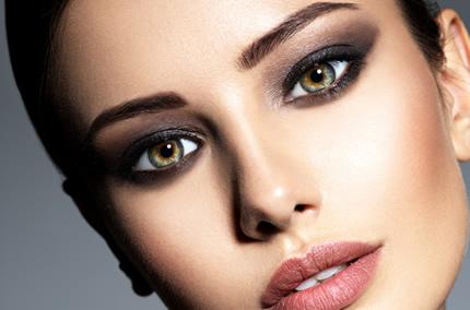 Makyajda En Yeni Trend, Kaş Pudralama Yöntemi - 1