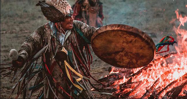 'Hepimiz Biraz Şamanız' Hissiyatı Uyandıran 17 Adet ve Gelenek - 1