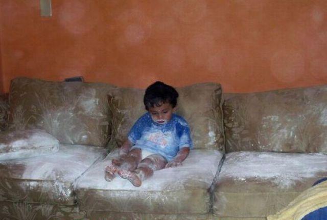 Çocukları Evde Tek Bırakmamak Gerektiğini Gösteren  Çılgın Fotoğraf - 1