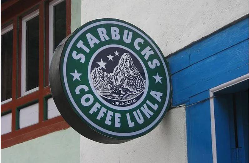 Starbucks'tan Esinlenilerek İsim Verilmiş Ve Müşteri Çekmeyi Hedeflemiş 15 İşgüzar Mekan - 1