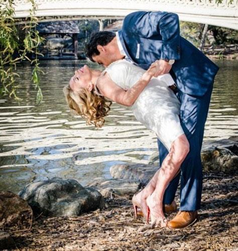 Dünyanın Dört Bir Yanından Kafalarda Soru İşareti Bırakan 15 Düğün Fotoğrafı - 1