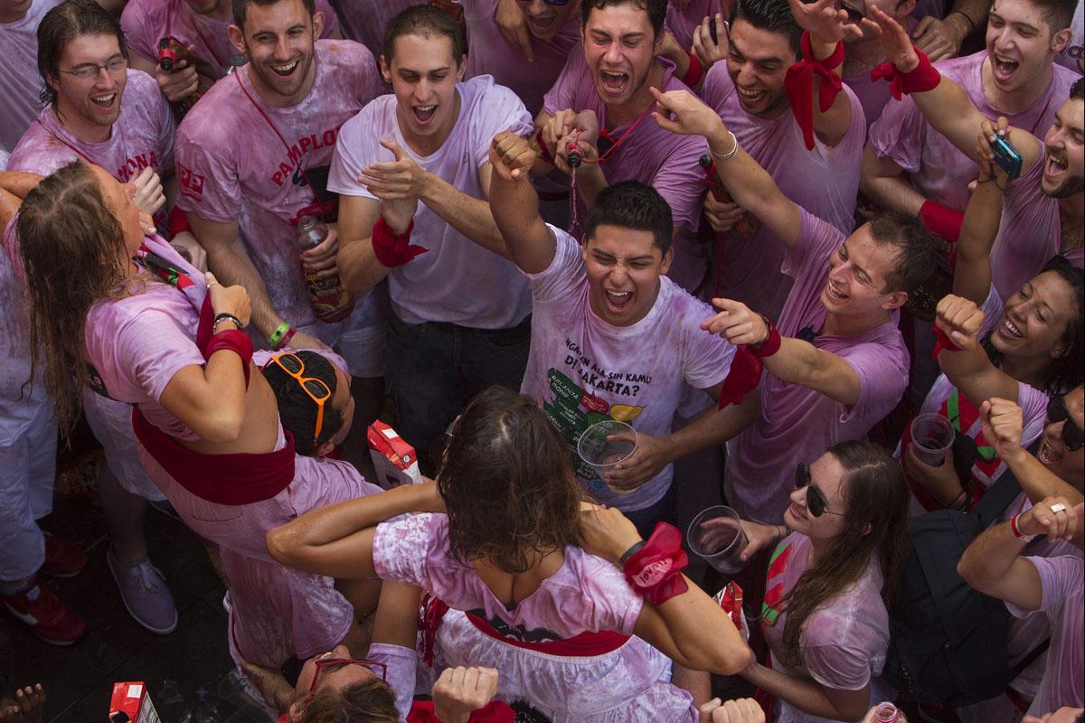 İspanya'nın En Saykodeli Festivalinden Garipsenecek 15 Fotoğraf - 1