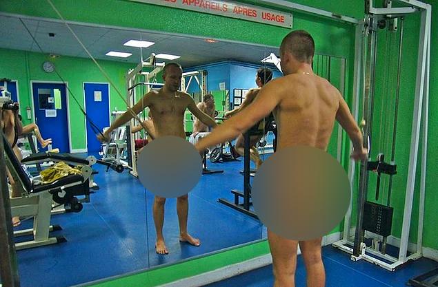 Bu Spor Salonuna Girmek İçin Kıyafetleri Çıkarmak Şart - 1