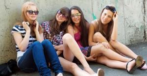 İç Çamaşırsız Markete Giden Kızlardan İtiraflar