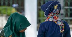 Dar Pantolon Kontrolünde Olay Çıktı