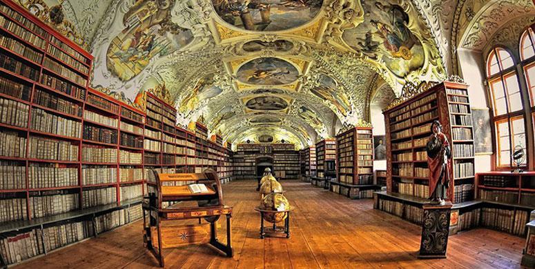 Zaman Yolculuğuna Çıkaran 14 Fantastik Kütüphane - 1