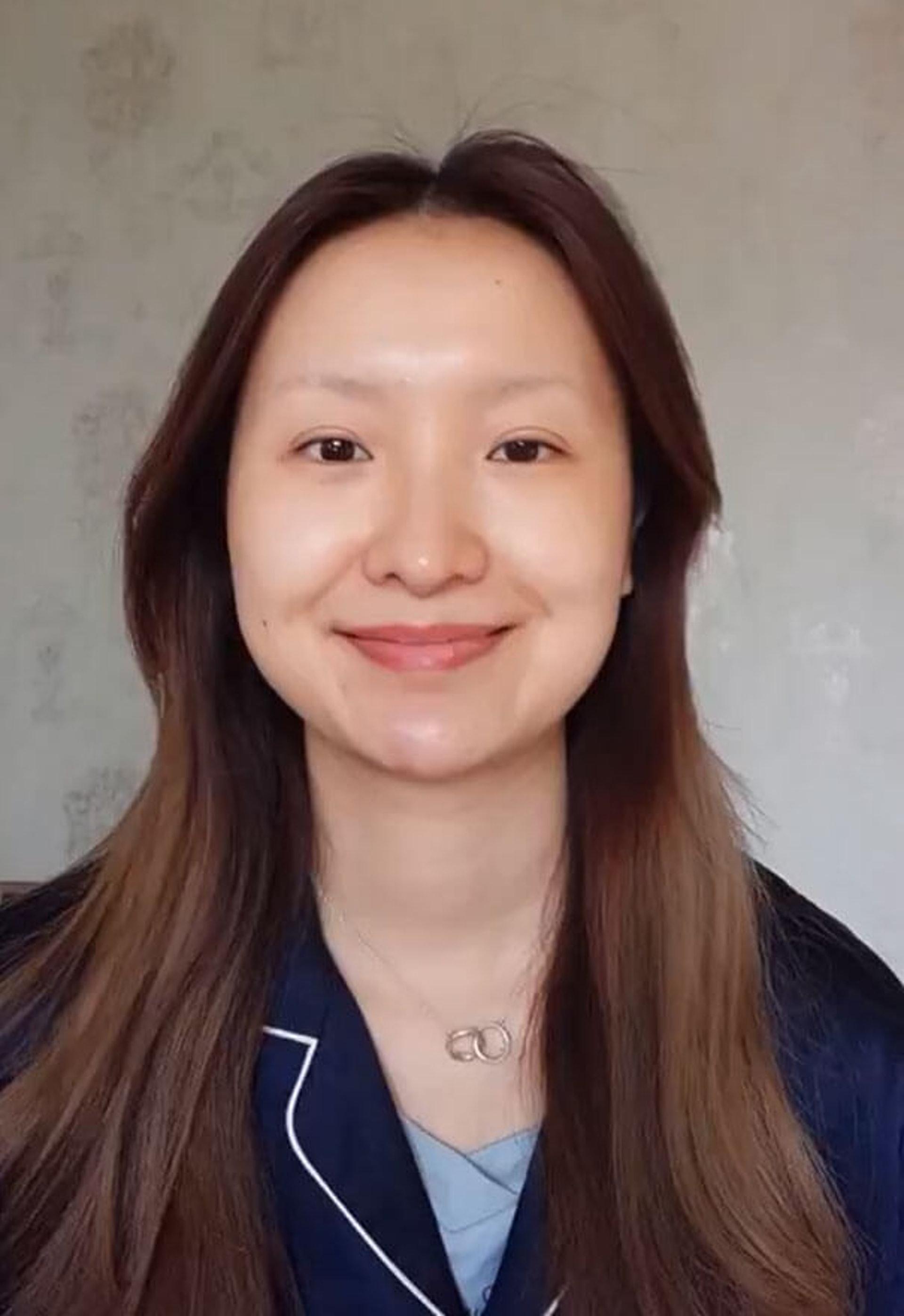Makyaj Olayını Everest'e Çıkararak Görenleri Şaşkına Çeviren Çinli Makyaj Sanatçısı - 1