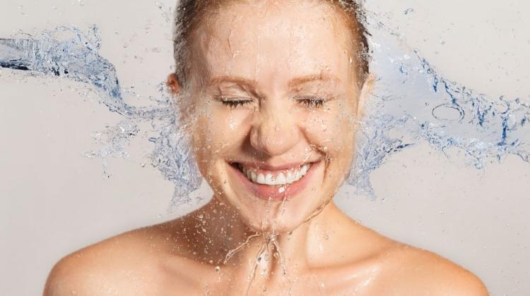 Yüzünüzü Tuzlu Su İle Yıkayın Mucizeyi Görün - 1