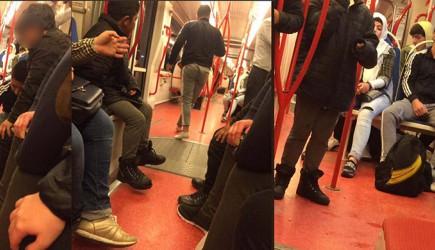 Dünya Bir Anlığına Güzelleşti! Tramvayda Ayakkabılarını Bir Çocuğa Veren Genç Adam