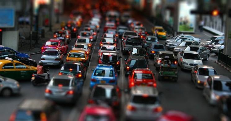 Kaç Saatimiz Trafikte Geçiyor?