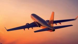 Uçak Havada İken Kanadı Şarjlı Matkapla Tamir Ettiğini Söyleyen Adam
