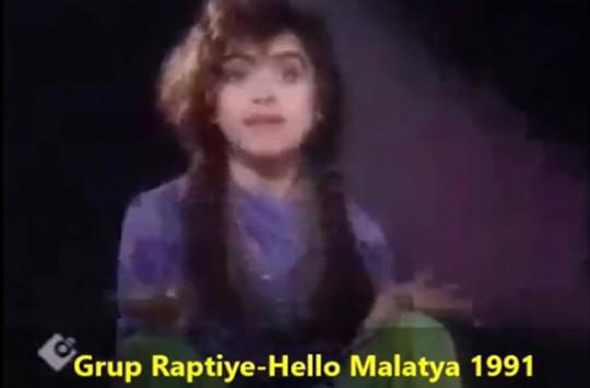 90'lı Yılların Tuhaf Şarkıları Kahkahalara Boğacak!