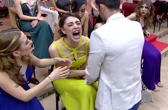 Türk Televizyonları Böyle Kavga Görmedi