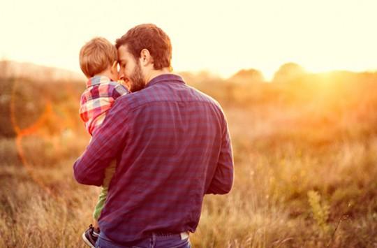 Gözleri Görmeyen Oğlunun Araba Kullanma İsteğini Yerine Getiren Süper Baba