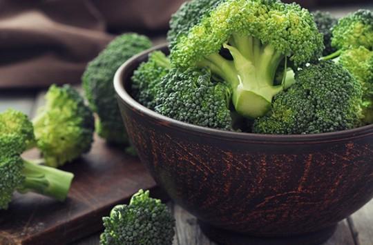 Minik Kızı İzledikten Sonra Brokoliye Aşık Olacaksınız