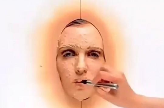 Bir Yıllık Makyaj Bir Saatte Yapılırsa Ortaya Çıkan Görüntüye İnanamayacaksınız