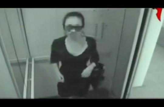 Asansördeki Gizli Kamerayı Unutan Kadın Neler Yaptı