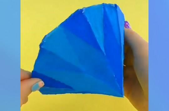 Kağıt ve Kalıp Boyalarla Elmas Yapımı