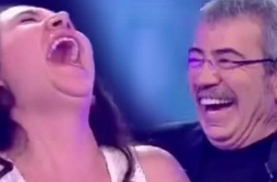 Milyoner Tarihine Geçen Yarışmacı Stüdyodakileri Kahkahaya Boğdu