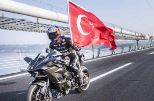 Kenan Sofuoğlu Hız Rekoru Kırdı!