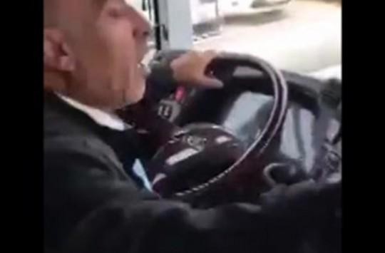 Halk Otobüsündeki Skandal Sosyal Medyayı Salladı!
