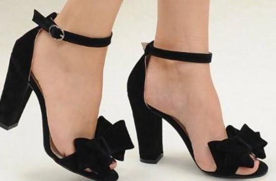 Topuklu Ayakkabılar Göründükleri Kadar Masum Değiller!